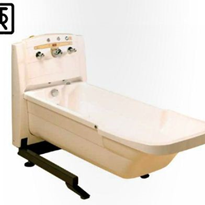 Height Adjustable Autofill Bathtub | TR 900CWA