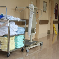A case for reusable and sustainable medical linens